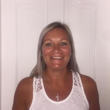 Caroline Kelly, Tutor